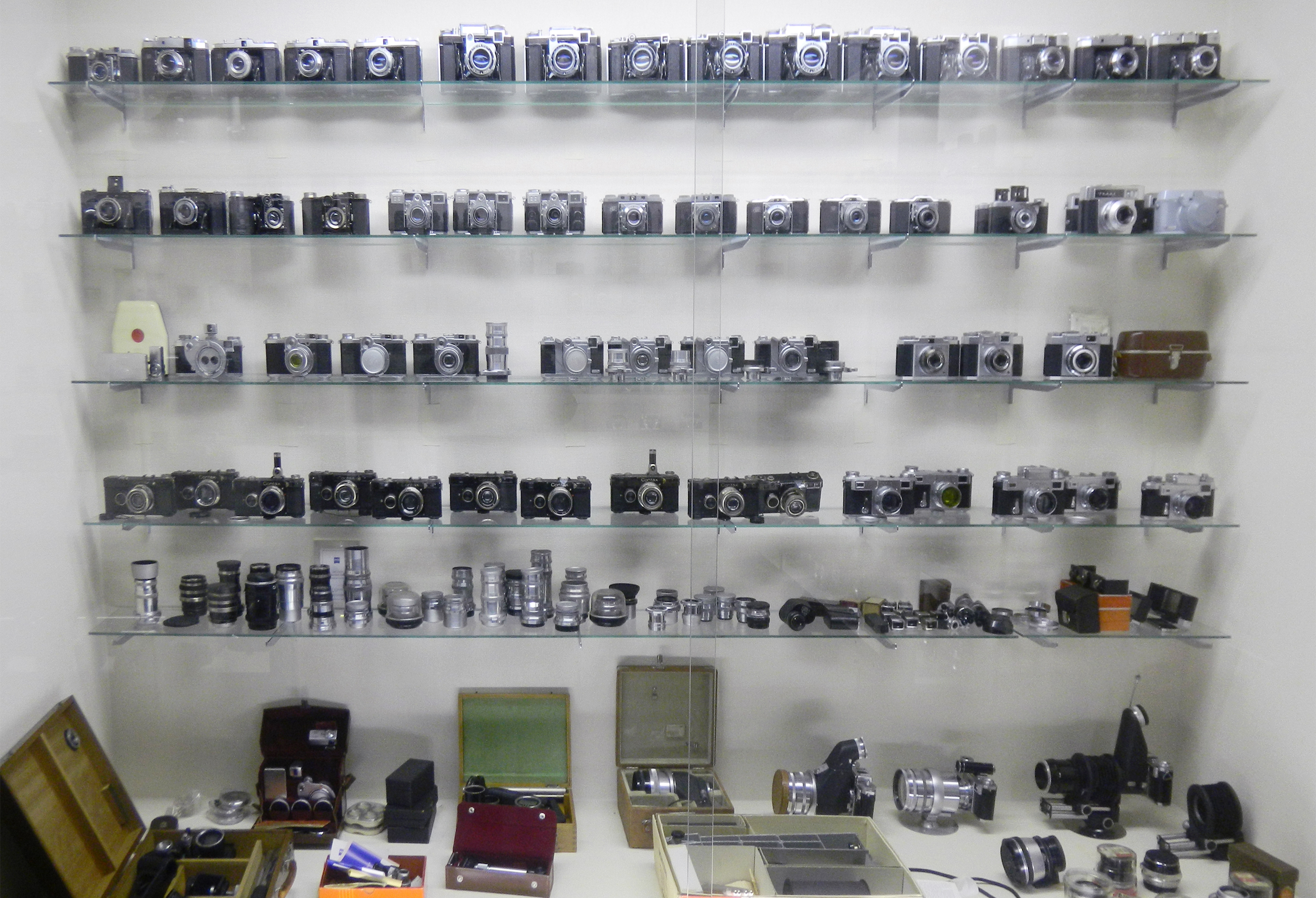 銀塩手帖:北の大地にニコンと共に45年 札幌・IMAI collection(イマイ ...